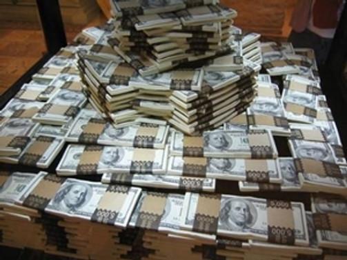 7 milyon sahte dolarla yakalandılar!