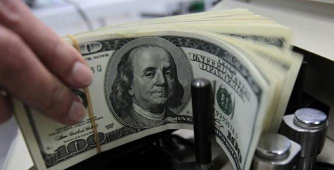 Dolar, 8 ayın zirvesinde