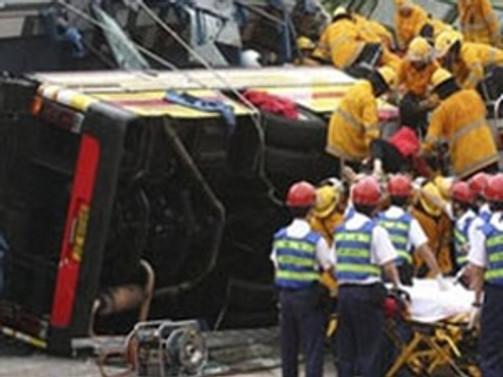 Haiti'de otobüs kazası: 23 ölü