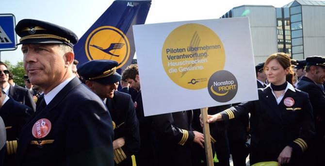 Lufthansa'da grev etkili oldu