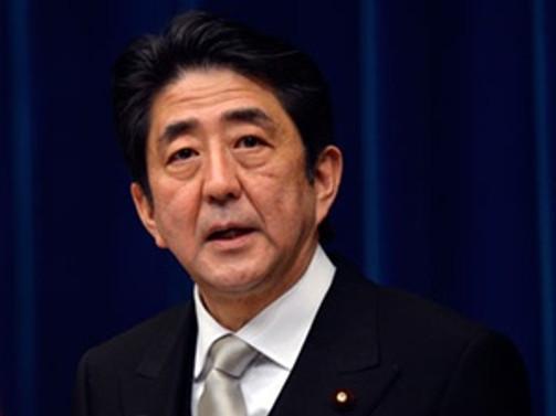 Seçimi Abe kazandı