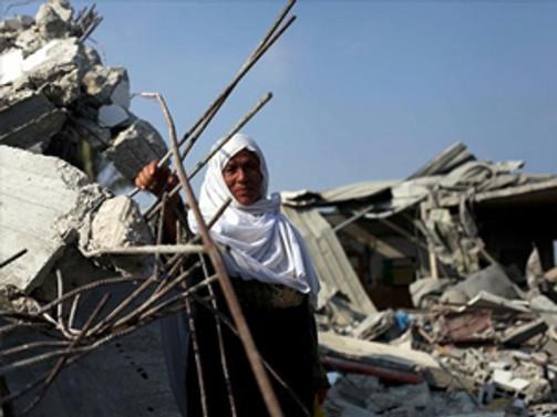 İsrail, Filistinlilerin evlerini yıktı