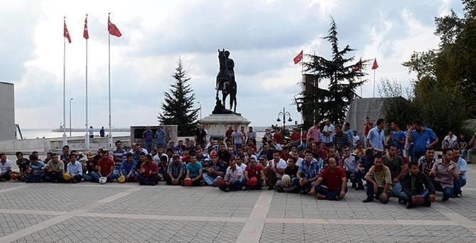 İşletme üretimi durdurdu, madenci protesto etti