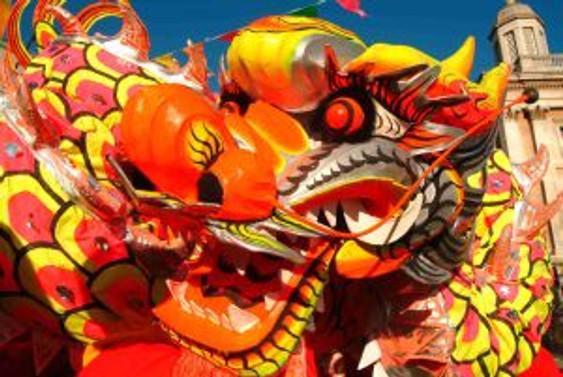 Çin'de Ejderha Kayığı Bayramı kutlanıyor