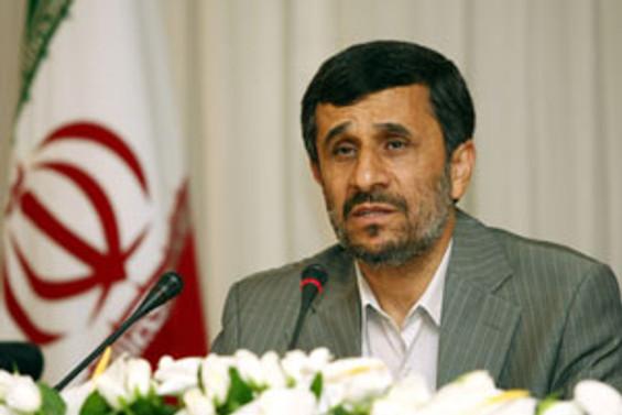 Ahmedinejad Papa'yla işbirliği istiyor