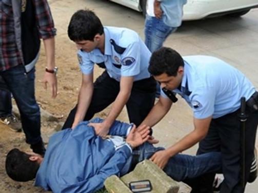Gezi Parkı'nda 2 gözaltı