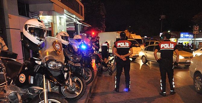 İstanbul'da 15 bin polisle operasyon