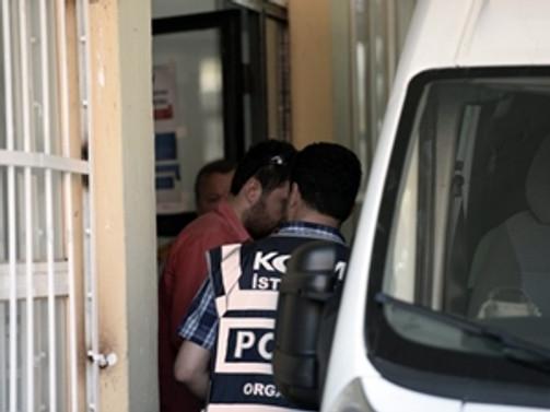 13 polise 'usulsüz taltif' gözaltısı
