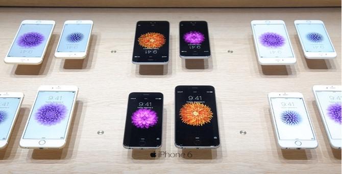 Yeni iPhone satış rekoru kırdı
