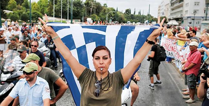 Yunanistan'da memurlar grevde
