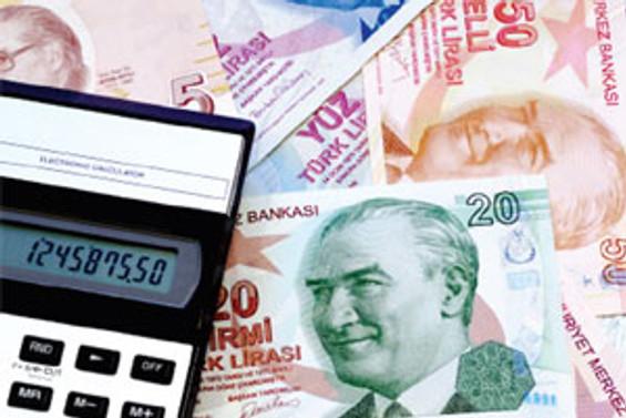 Bütçe ağustosta 3 milyar lira fazla verdi