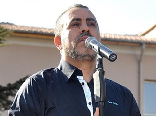 Haluk Levent trafik kazasında yaralandı