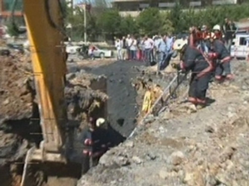 Ümraniye'de göçük: 1 işçi öldü