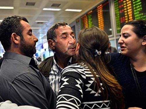 Libya'da mahsur kalan işçiler yurda döndü