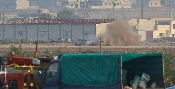 Kobani'de IŞİD tankları vuruldu