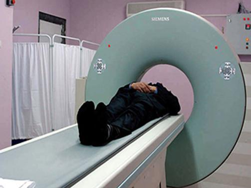 Kapalı alan korkusu olanlara MR çekiminde kolaylık