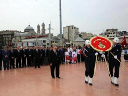 İstanbul'un işgalden kurtuluşu kutlandı