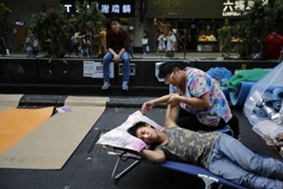 Hong Kong'daki gösteriler kontrolden çıktı