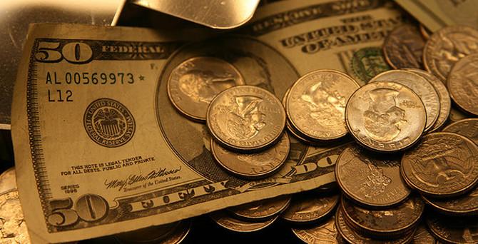 Dolar Fed kararı öncesi düştü