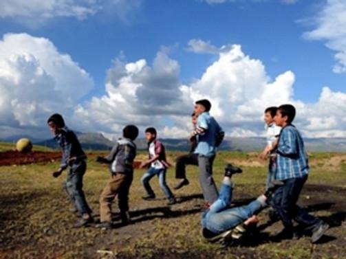 Çocuk yoksulluğu Türkiye'de geriliyor