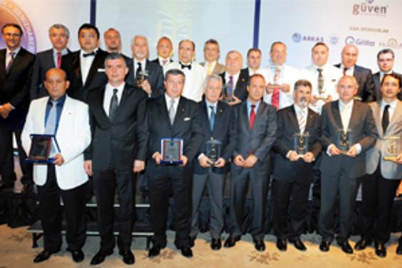 Türk denizciler çıtayı yükseltti