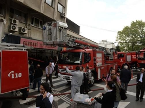 İÜ İstanbul Tıp Fakültesi Hastanesi'nde yangın