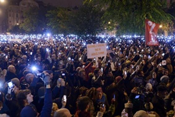 İnternet vergisi Macarları kızdırdı