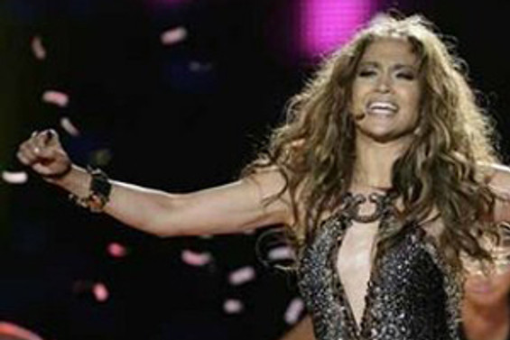 Jennifer Lopez'e dava