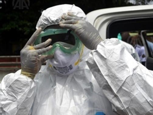 Ebola'dan 8 doktor öldü