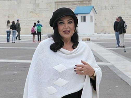 """Türk sinemasının """"sultanı"""" Atina'da"""