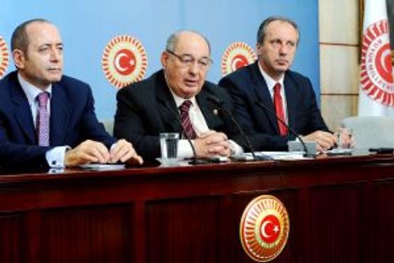 CHP, Meclis'te tatil istemiyor