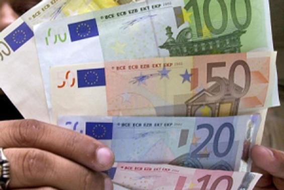 Euro gözünü yukarı dikti