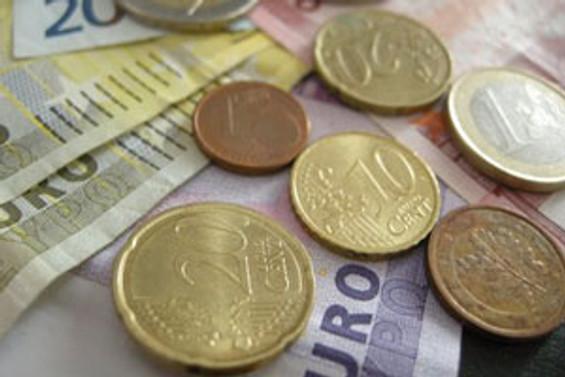 Yunanlılar, dolara yöneliyor