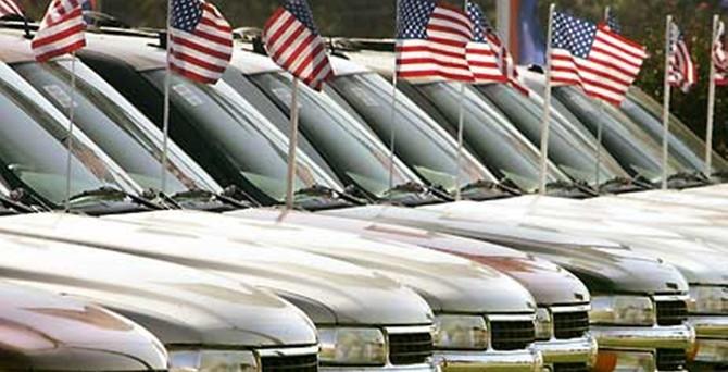 ABD'de petrol ucuzladı, otomobil satışları arttı