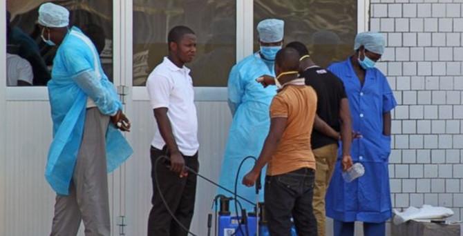 Sierra Leone'de bir doktor Ebola'dan öldü