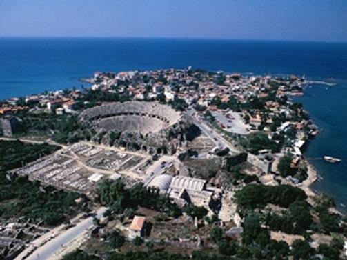 Antalya'ya 11,1 milyon yabancı turist geldi