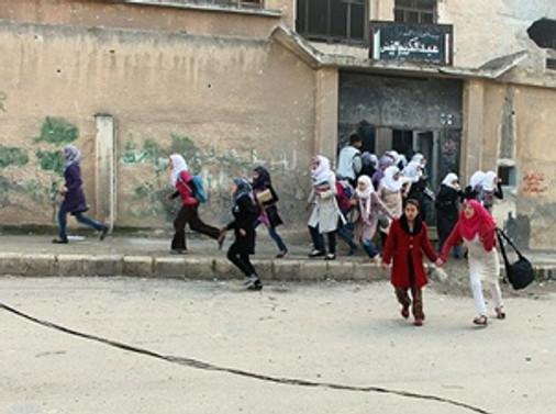 Okula havan topu saldırısı: 12 ölü