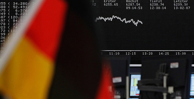 Almanya vergi beklentisini düşürdü