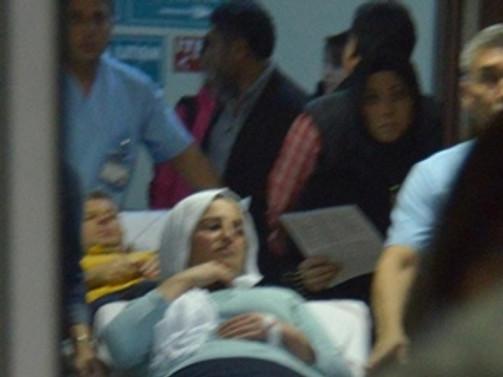 Devlet hastanesinde asansör düştü: 6 yaralı