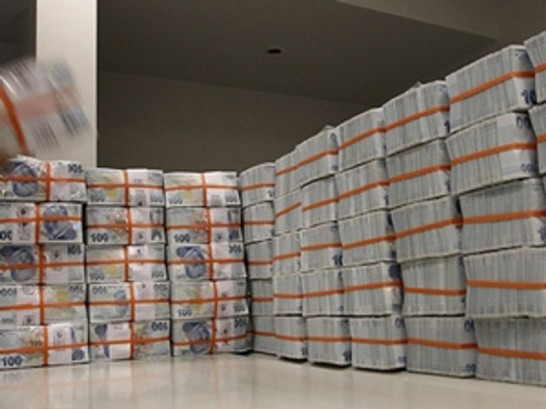Bankacılık sektörü mevduatları 1 trilyonu aştı