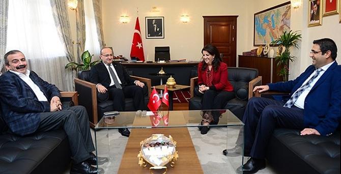 HDP heyeti Başbakanlık'ta