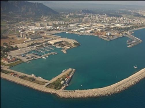 Antalya Limanı, kruvaziyer sezonunu kapattı