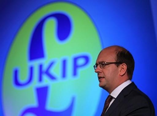 Ara seçimin galibi aşırı sağcı UKIP
