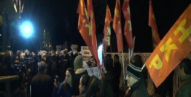 Dolmabahçe'de Biden protestosu!