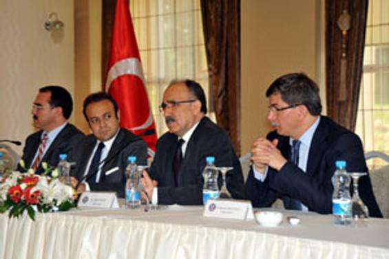 Hükümet hayata geçirdiği reformları masaya yatırdı