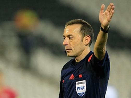 Cüneyt Çakır, İspanya-Ukrayna maçını yönetecek