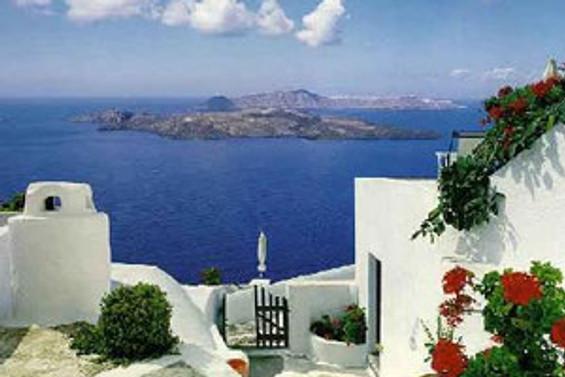 Yunanistan'a bir darbe de turizmden