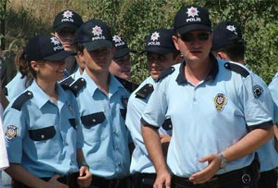 Polislere 'kısa askerlik' için çalışma sürüyor
