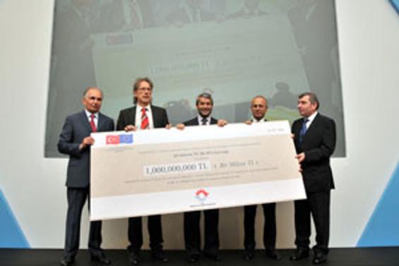 """""""KOBİ'lere sağladığımız destek 2,5 milyar euro oldu"""""""