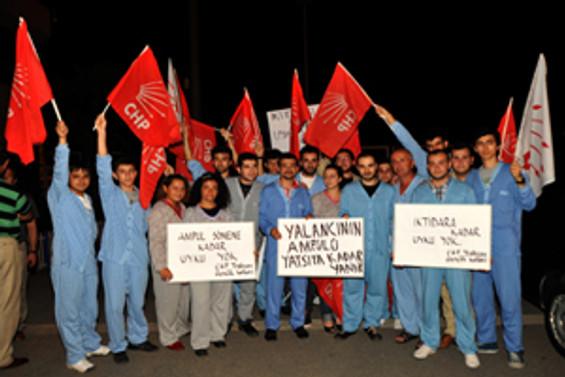 Kılıçdaroğlu'na pijamalı karşılama
